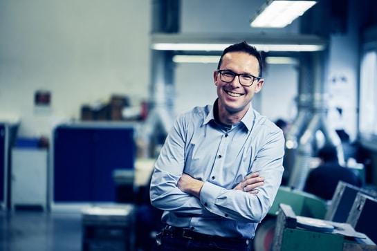 Georg Honer - HOGRI - Spezialist für Oberflächenbearbeitung
